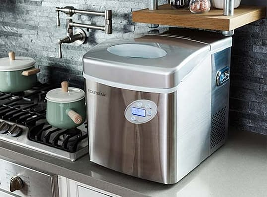 How to Clean an Ice Maker 3