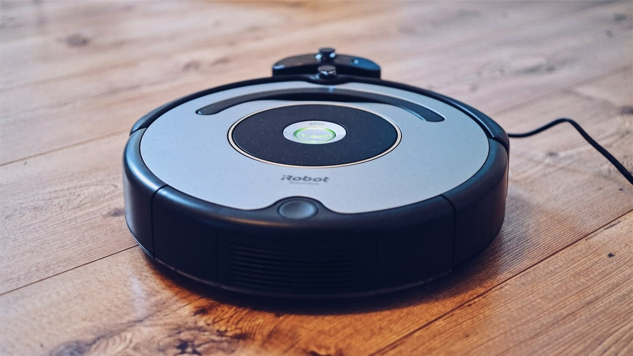Best Robotic Vacuum for Pet Hair in 2020: Reviews & Buying Guide 1