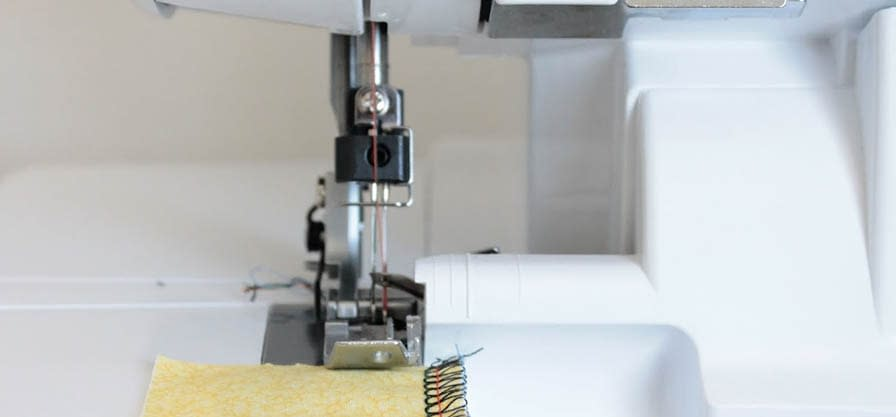 Best Serger and Overlocker Machine Reviews