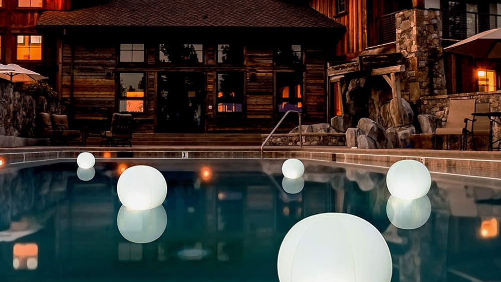 Best Floating Pool Lights 1