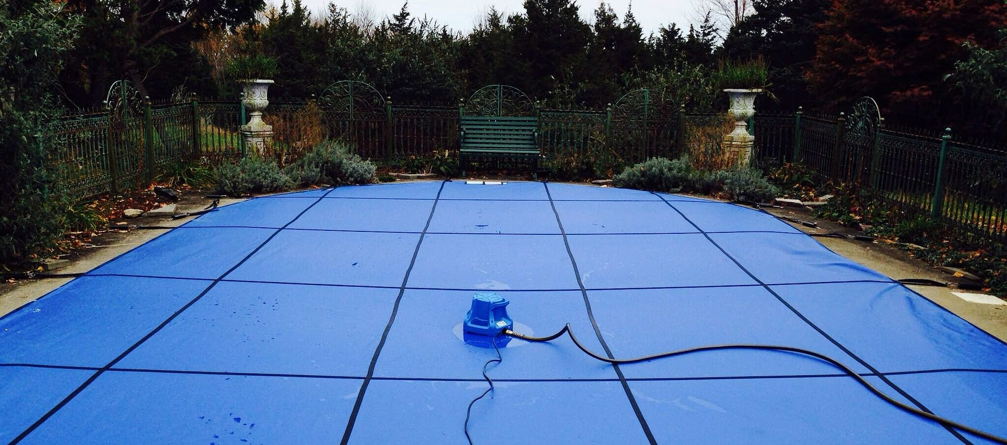 Best Pool Cover Pumps - Product Reviews and Buyer's Guide 1