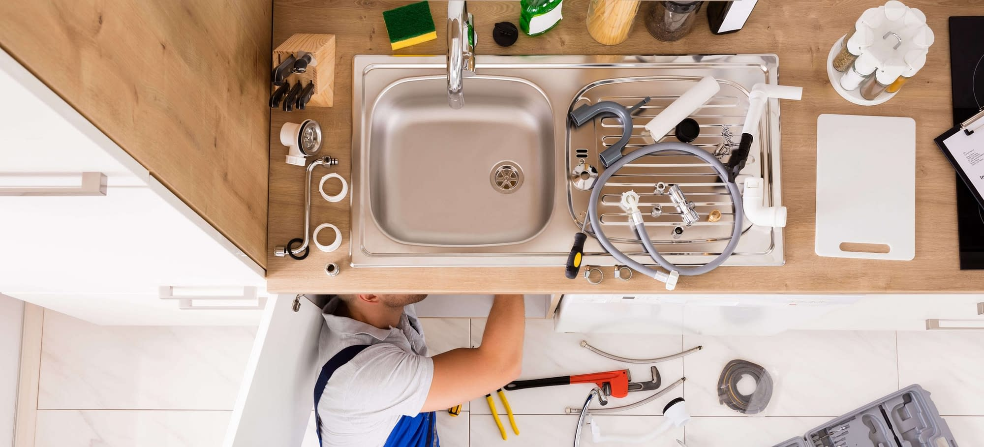 Plumb a Kitchen Sink With Disposal and Dishwasher 1