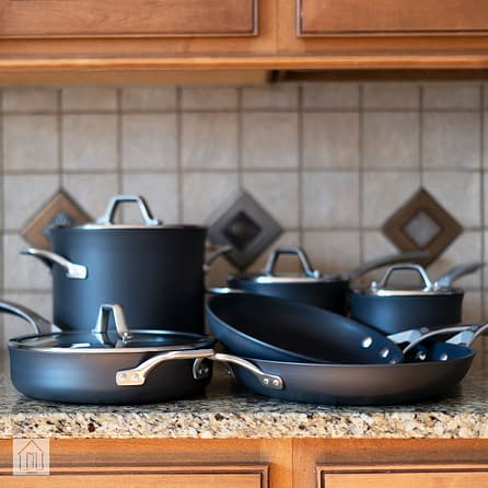 How to Clean Calphalon Pans 2
