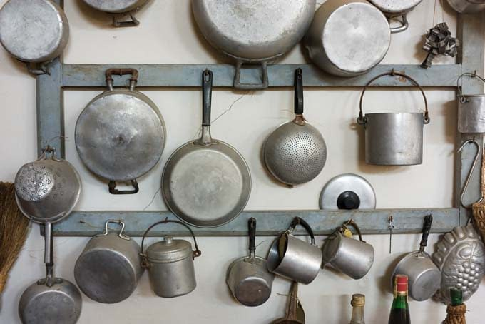Five Productive Things You Can Do with Your Old Pots and Pans? 1