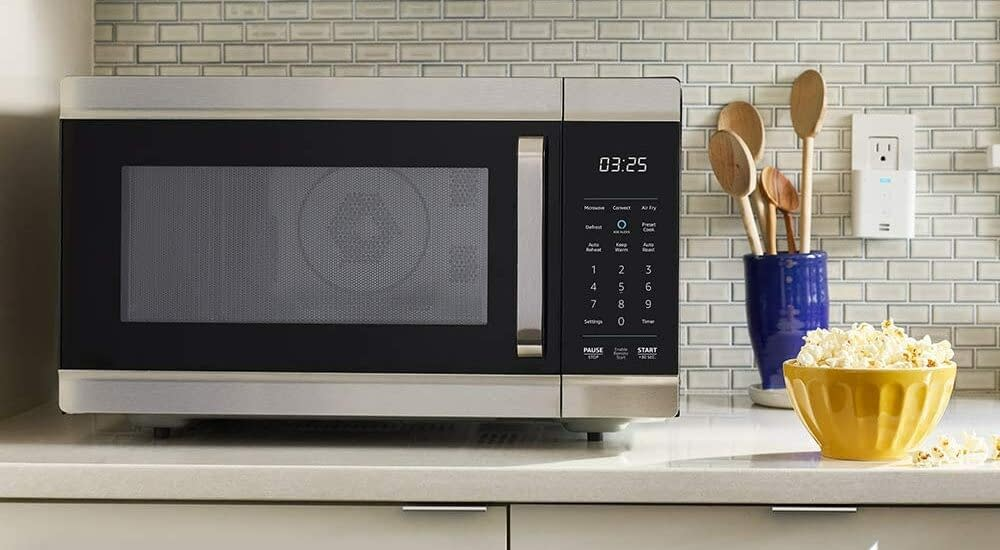 Toaster Oven vs Microwave - Which One Can Serve You Better? 9